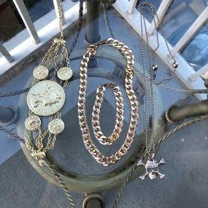 2 necklace and 2 bracelet